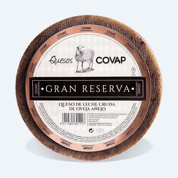 Queso de Leche Cruda De Oveja Añejo Gran Reserva visto desde arriba | Quesos COVAP
