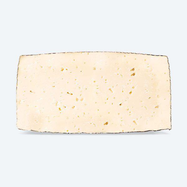 Queso de Leche Pasteurizada de Oveja Curado Mitad Frontal   Quesos COVAP