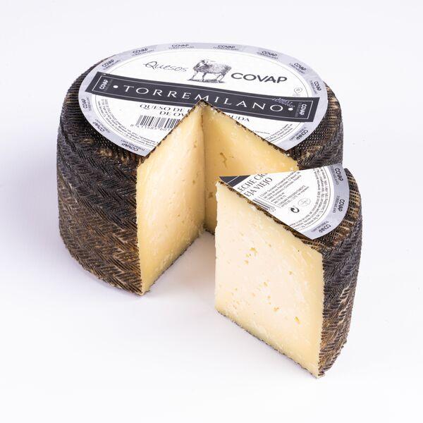 queso-oveja-leche-pasteurizado-curado-Torremilano-entero-covap-con-etiqueta